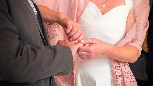 Hochzeit: Das wird sie den Rest ihres Lebens nicht in Ruhe lassen. (Symbolbild)
