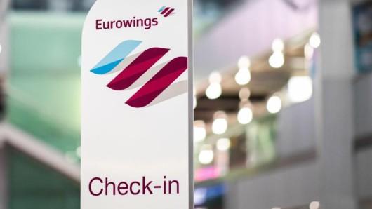 Wer bei Eurowings im Basic-Tarif fliegt, bekommt seinen Sitzplatz künftig automatisch zugewiesen und darf ihn beim Check-in nicht mehr kostenfrei selbst auswählen.