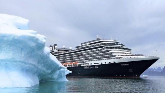 Grönland ist ein Sehnsuchtsziel vieler Kreuzfahrt-Liebhaber - Holland America Line hat nun Reisen in Kombination mit Nordamerika aufgelegt.