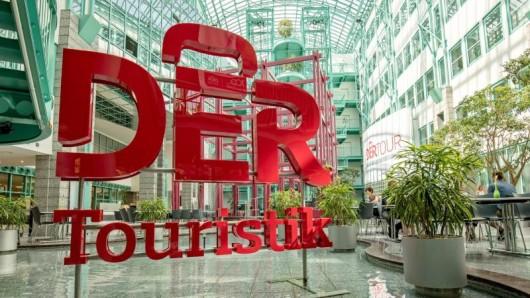 Dertour ist eine Reiseveranstalter-Marke von DER Touristik - und setzt nun mit Dertour Plus auch verstärkt auf Badeurlaub.