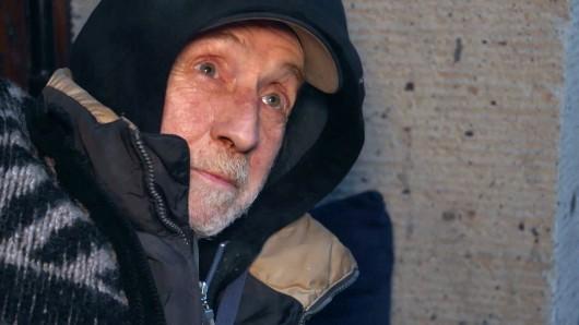 Düsseldorf: Helmut (62) ist sein halbes Leben lang heroinabhängig.