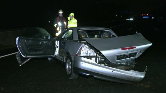A40 in Essen: Fahrer sowie Auto kamen bei dem Unfall scher zu Schaden.