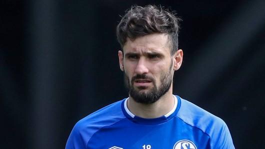 Beim FC Schalke 04 hadert Daniel Caligiuri mit seiner Situation.