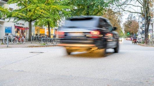 In Duisburg fuhr ein Mann doppelt so schnell wie erlaubt durch die Stadt. (Symbolfoto)