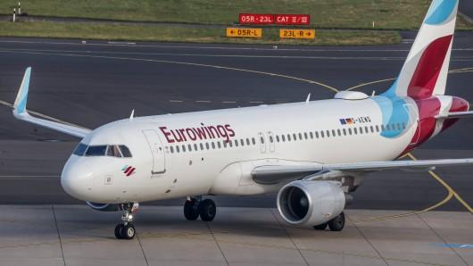 Eurowings: Die Airline verschärft ihre Maskenregeln ab Dienstag. (Symbolbild)