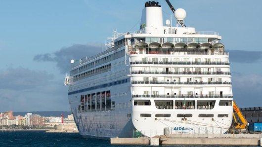 Vor dem Einchecken zum Test: Aida Cruises wird bei der Corona-Überprüfung von Passagieren mit den Helios Kliniken zusammenarbeiten.