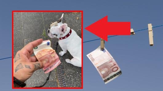 In Düsseldorf fand ein Mann zehn Euro auf dem Boden. Was passierte, als er das Geld spenden wollte, ließ ihn sprachlos zurück.