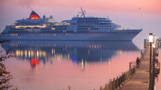 Wer an Bord eines Kreuzfahrtschiffes geht, muss künftig einen negativen Corona-Test vorweisen.