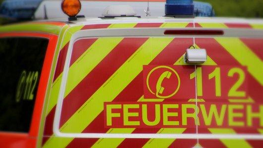 Etwa 30 Mitarbeiter und Helfer rückten bei einem Gefahrstoffeinsatz in Bochum an. (Symbolbild)