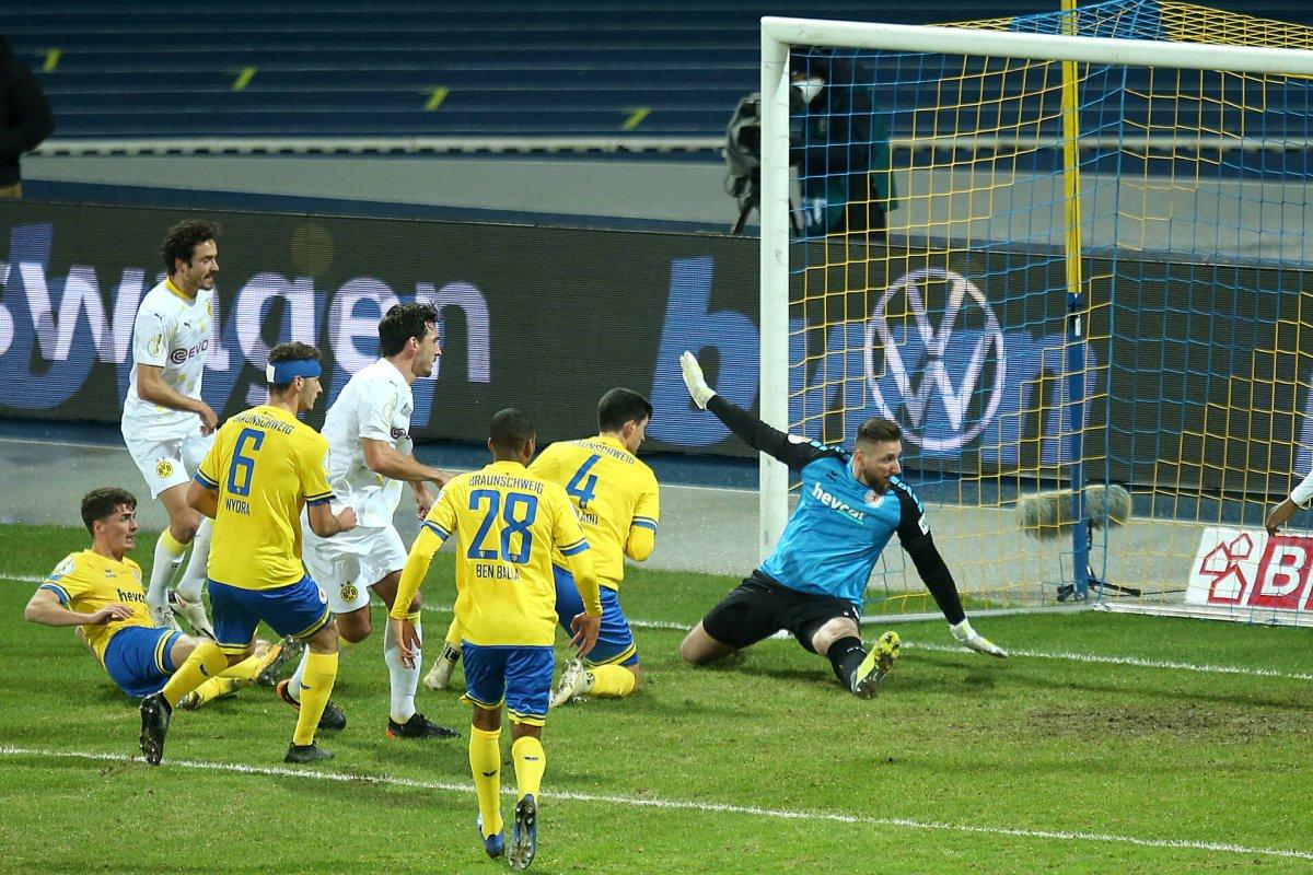 Braunschweig – BVB | DFB-Pokal: Sancho macht den Deckel drauf - derwesten.de
