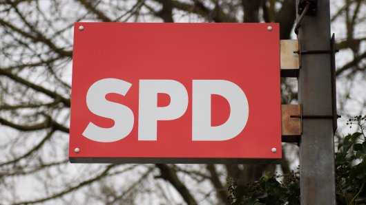 Der SPD droht ein historisch schlechtes Ergebnis. Die Kritik an den Corona-Maßnahmen hat den Sozialdemokraten dabei möglicherweise eher geschadet, wie eine Umfrage zeigt.