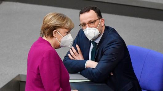 Gesundheitsminister Jens Spahn und Kanzlerin Angela Merkel.