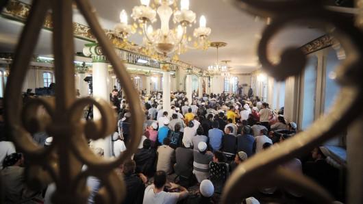 Essen: Muslime fordern zum Zuckerfest eine Corona-Lockerung. (Symbolbild)