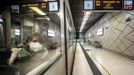 Laut einer Studie soll das Infektionsrisiko mit Corona in Bus und Bahn nicht höher sein.