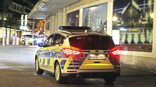 Die Polizei musste am Mittwochabend einen unangemeldeten Demo-Zug in Gelsenkirchen stoppen. (Archivbild)