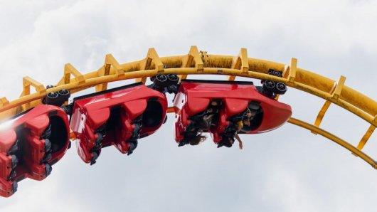 Die Achterbahn Boomerang im Freizeitpark Geiselwind.