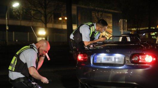Dortmund: Die Polizei stellte zahlreiche Verstöße in der Tuner- und Raserszene fest. (Symbolbild)