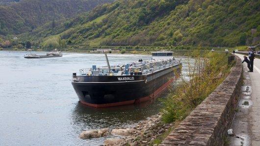 Duisburg: In einem niederländischen Fluss wurden zwei Leichen gefunden. (Symbolbild)