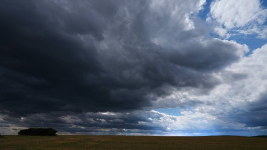 Wetter in NRW: In den nächsten Tagen wird es immer wieder zu Regen und Gewitter kommen. (Symbolbild)