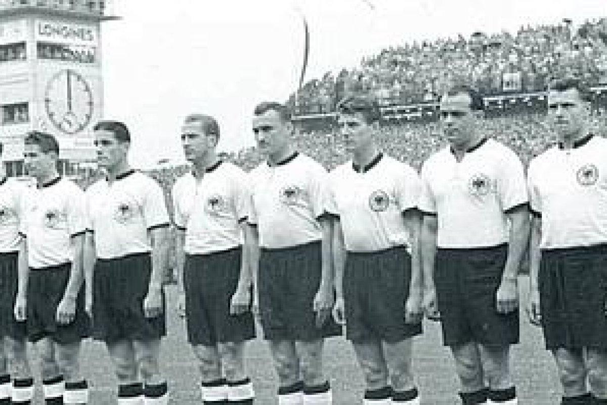 Fussballer Bei Wm 1954 Laut Studie Gedopt Sport Derwesten De