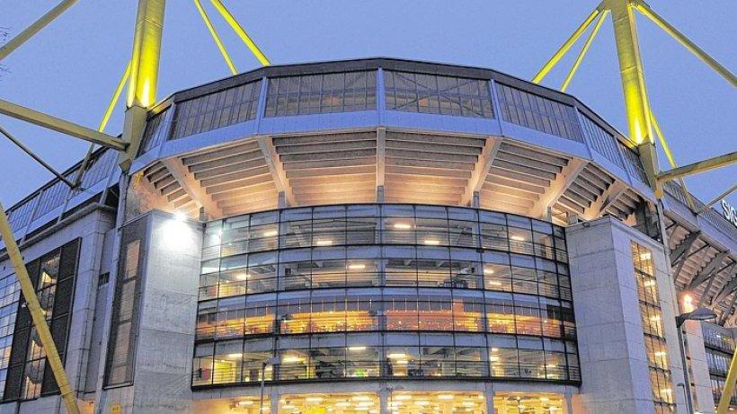 fan-shop und tickets  u2014 bvb plant service-center am stadion - dortmund