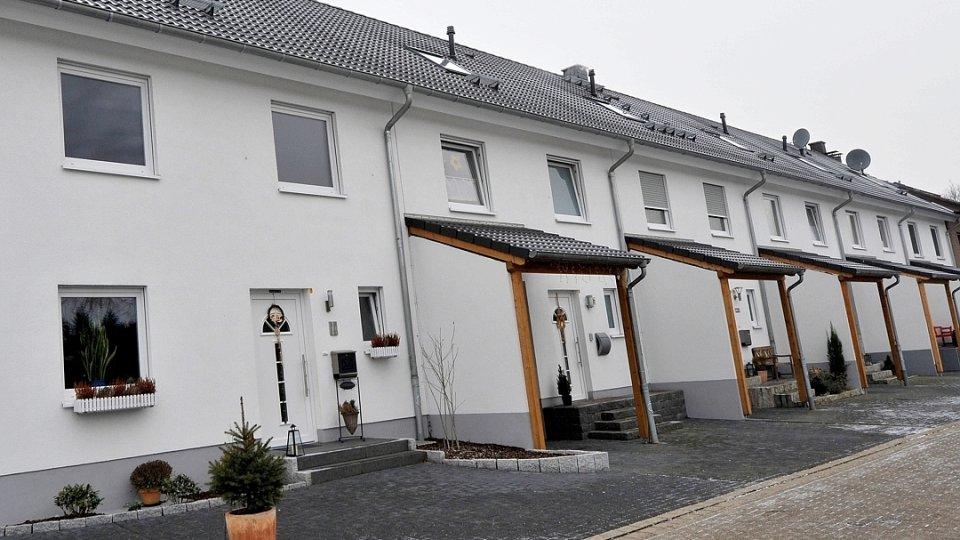 Eigentumer Darf Fur Sanierungsarbeiten Das Nachbargrundstuck