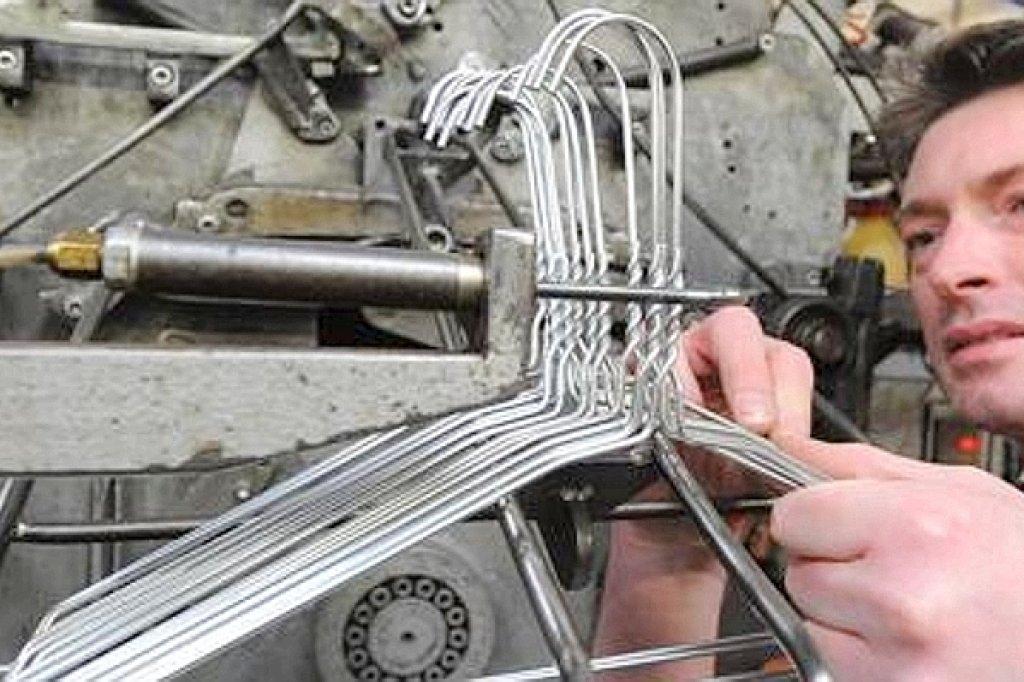 Unternehmen aus Unna hat Erfolg mit Kleiderbügeln - Wirtschaft ...