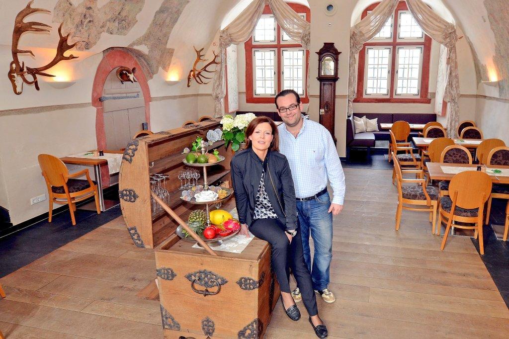 Bad Berleburger Schloss Schänke wieder geöffnet: - Nachrichten aus ...