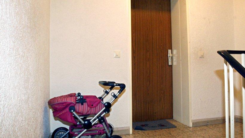 mieterrechte kinderwagen und rollatoren d rfen im treppenhaus stehen verbraucher. Black Bedroom Furniture Sets. Home Design Ideas