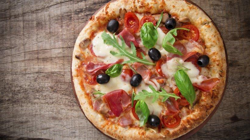 gericht pizza zu klein maurer pr gelt pizzab cker aus witten und beschimpft ihn als kanaken. Black Bedroom Furniture Sets. Home Design Ideas