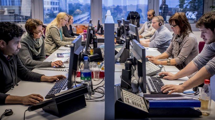 call center warum die call center branche in einer tiefen krise steckt wirtschaft. Black Bedroom Furniture Sets. Home Design Ideas