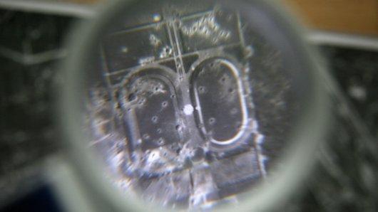 Luftbildauswertung beim Kampfmittelräumdienst der Bezirksregierung Arnsberg in Hagen
