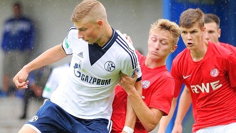 Schalke u19 derbysieg rundet englische woche f r for Koch schalke 04