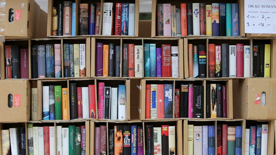 Wohin Mit Alten Büchern zu schade für die tonne alte bücher verkaufen oder spenden