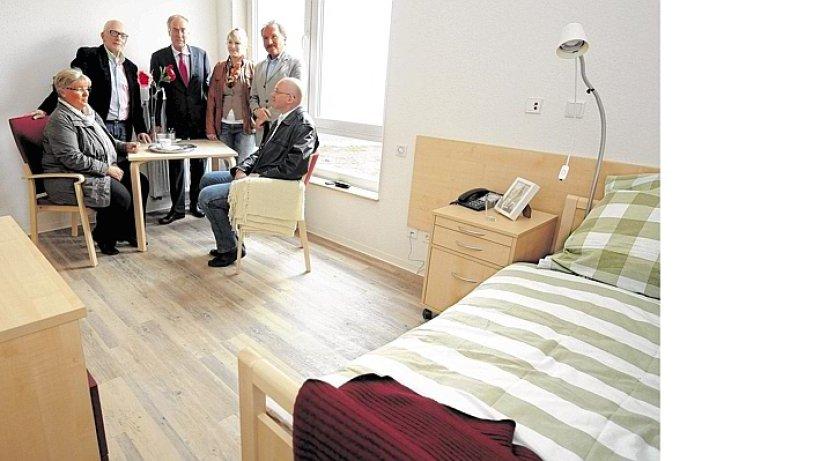 jedes doppelzimmer in einem heim ist eines zuviel bottrop. Black Bedroom Furniture Sets. Home Design Ideas
