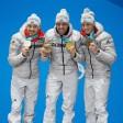 Dreifach Erfolg: Über 10 Kilometer holen die deutschen Nordischen Kombinierer Fabian Rießle, Johannes Rydzek und Eric Frenzel (v.l.n.r.) alle drei Medaillen.