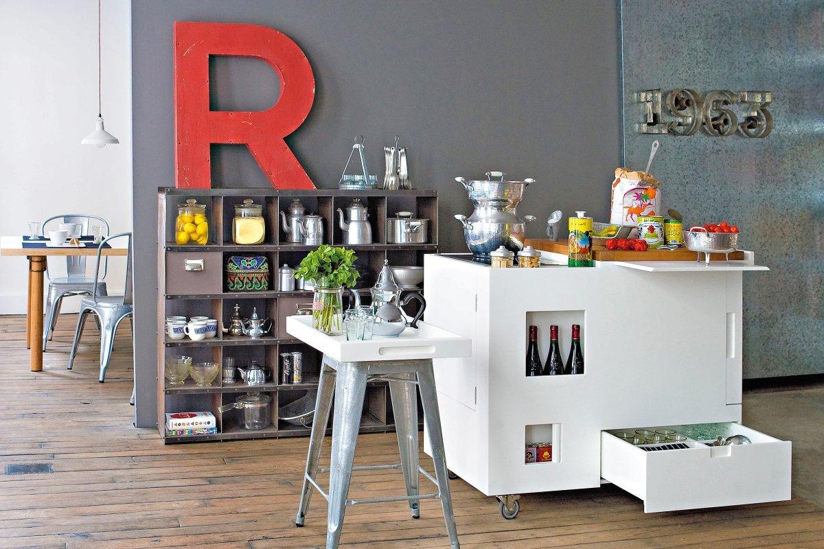 Mini Kühlschrank Bvb : Alles auf rollen: bewegliche möbel machen viel mit mode