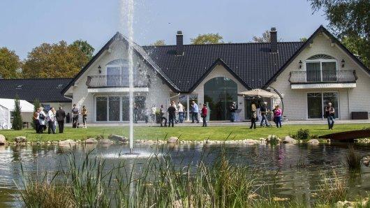 Die Wendler-Ranch soll für mehrere Millionen Euro verkauft werden. Mit dem Geld will sich Michael Wendler ein neues Leben in den USA aufbauen.