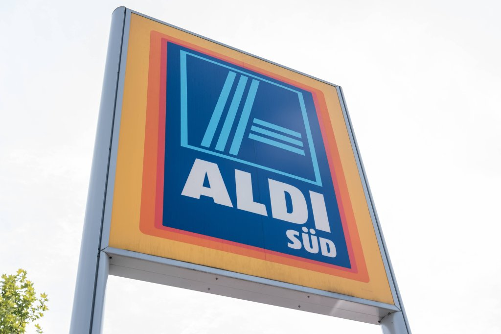 Aldi Nord Gasgrill : Aldi lavastein gasgrillwagen topnews