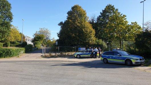 Die Polizei musste am Freitag zu einem Einsatz an eine Gesamtschule ausrücken.