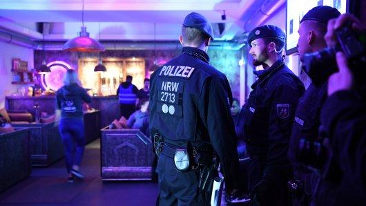 """Clan-Kriminalität in NRW: Die Expertin Dorothee Dienstbühl sagt: """" Ich bin dafür, dass man die negative Sozialisierung stören muss. Raus aus dem patriarchalen Kontrollsystem."""""""