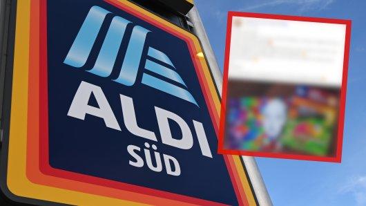 Eine Frau suchte dringend nach einem Angebot bei Aldi.