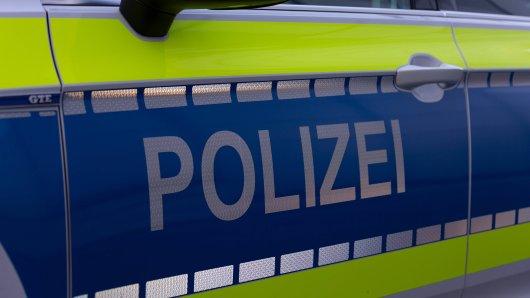 In Mülheim wurde eine Seniorin überfallen. (Symbolbild)