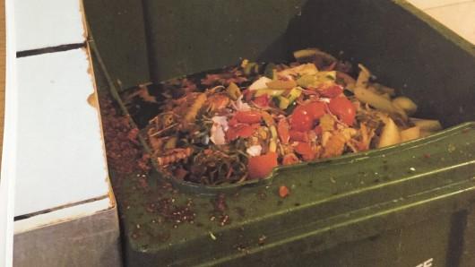 """""""Die Mülltonne bewegte sich und war nicht mehr grün"""", beschwerte sich eine Frau. Und hatte Recht."""