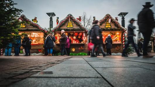 Das Attentat in Straßburg erschütterte die Menschen in Frankreich. Die Besucher auf dem Centro-Weihnachtsmarkt lassen sich jedoch deswegen nicht unterkriegen. (Archivbild)
