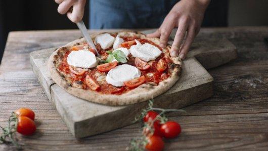 Oberhausen: Weil sie mit ihrer Pizza nicht zufrieden war, rastete eine Kundin in einer Pizzeria völlig aus. (Symbolbild)