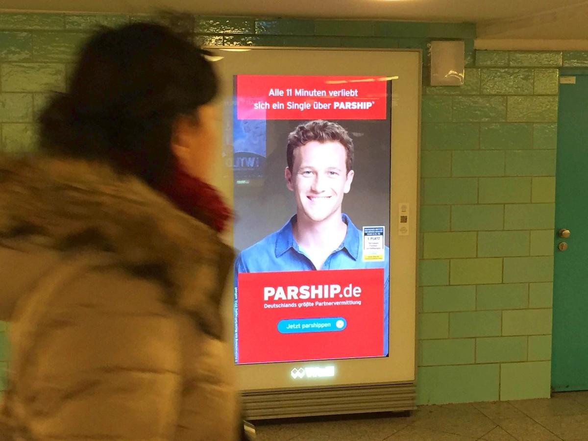Sport frau parship werbung Parship: Online