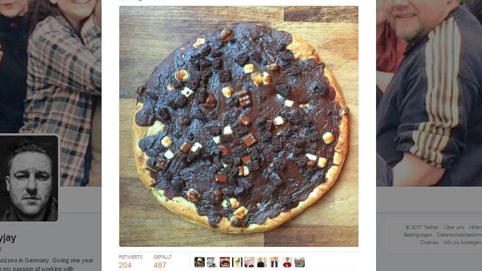 Die Neue Schokopizza Von Dr Oetker Sieht Sie Wirklich So Aus