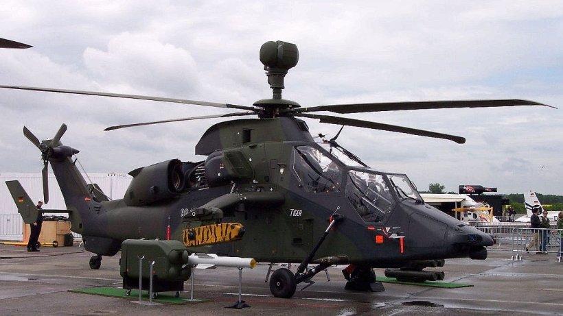 milit reinsatz hubschrauber absturz in mali zwei deutsche waren in helikopter. Black Bedroom Furniture Sets. Home Design Ideas