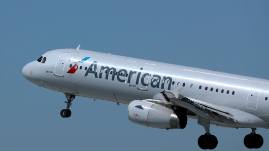 FILE PHOTO: An American Airlines plane takes off from Los Los Angeles International airport (LAX) in Los Angeles, California, U.S. March 28, 2018. REUTERS/Mike Blake/File Photo GLOBAL BUSINESS WEEK AHEAD